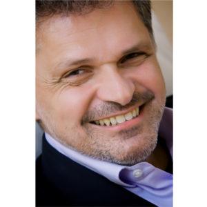Dr. Renald Hennig